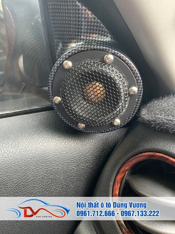 Loa là yếu tố quan trọng nhất trong dàn âm thanh của xe ô tô