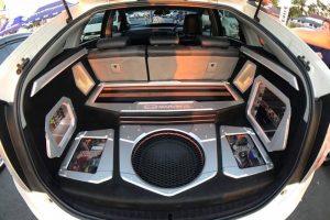 Lắp đặt dàn âm thanh xe hơi chuyên nghiệp