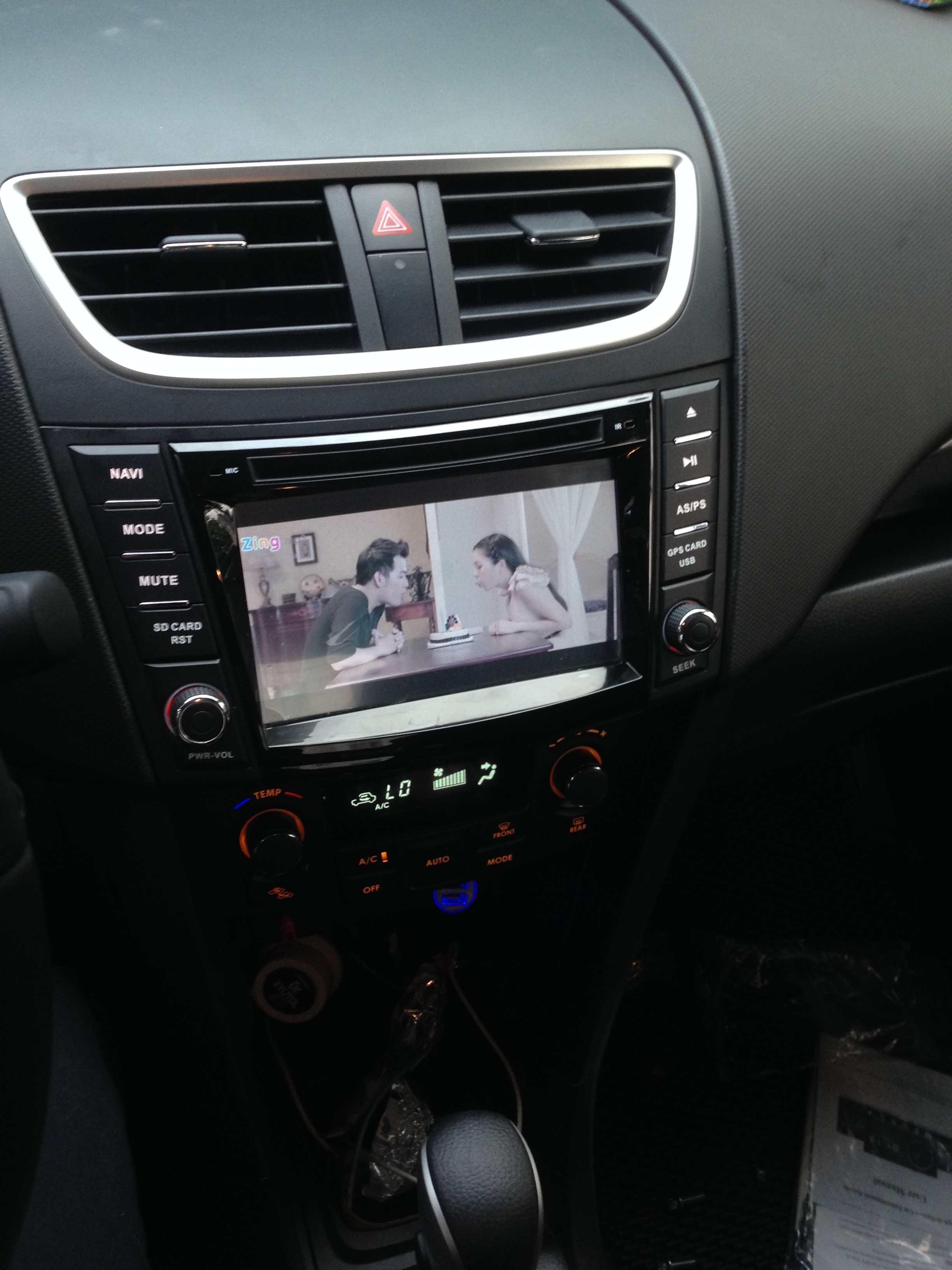 Màn hình dvd theo xe Suzuki Swift 2013-2017
