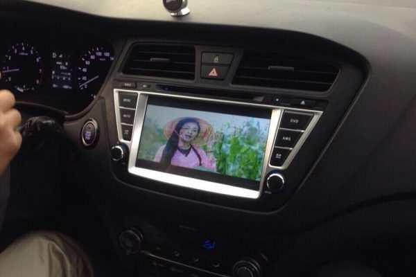 Màn hình dvd theo xe hyundai i20 acveti 2015-2017