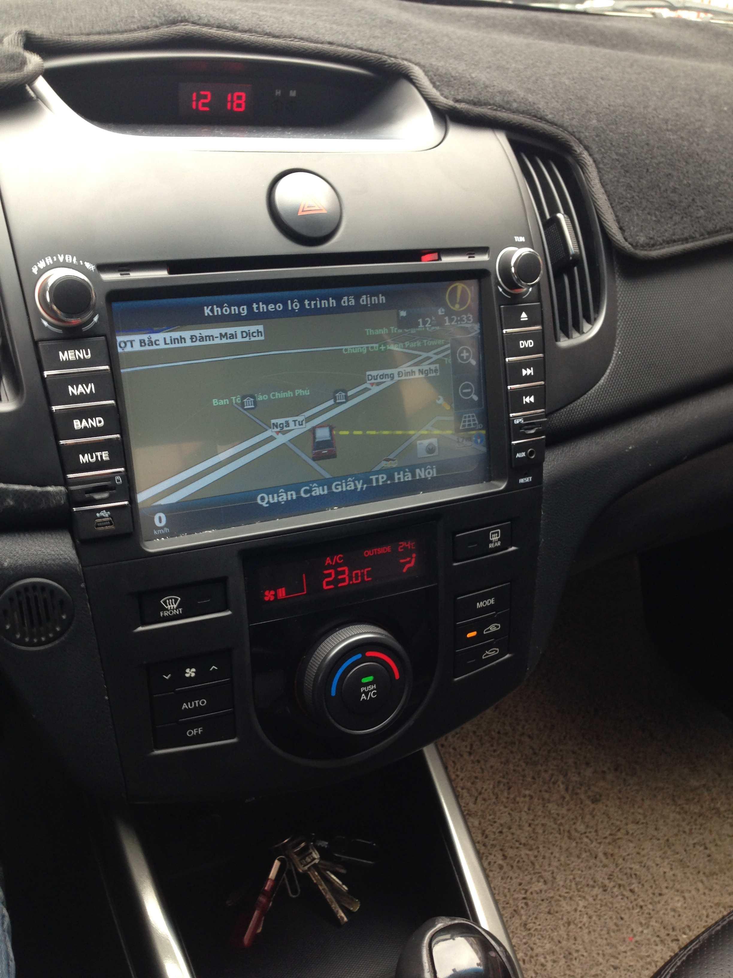 Màn hình dvd theo xe Kia Forte 2009-2012