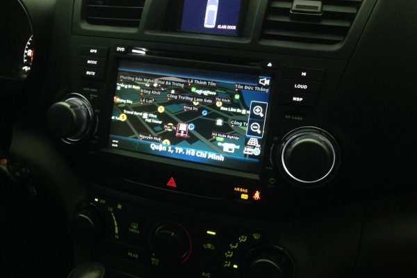 Màn Hình DVD theo xe highlander 2010