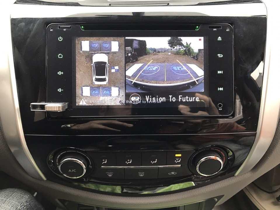 Camera 360 độ Oris lắp trên xe Nissan Navara 2017