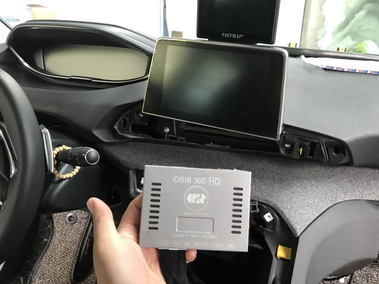 Ô tô Peugeot 5008lắp Camera 360 Oris