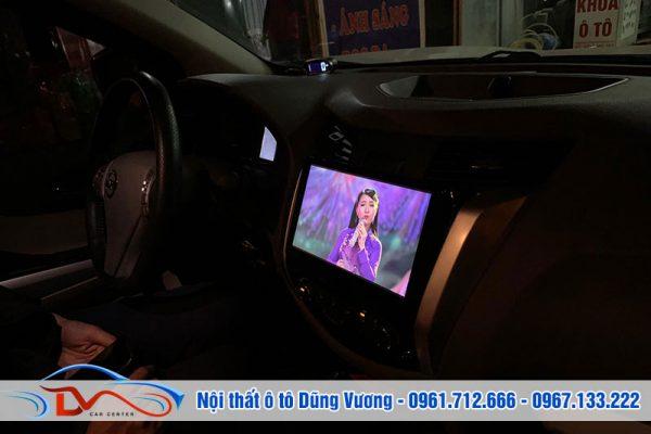 Màn hình DVD 10' cho Nissan Navara