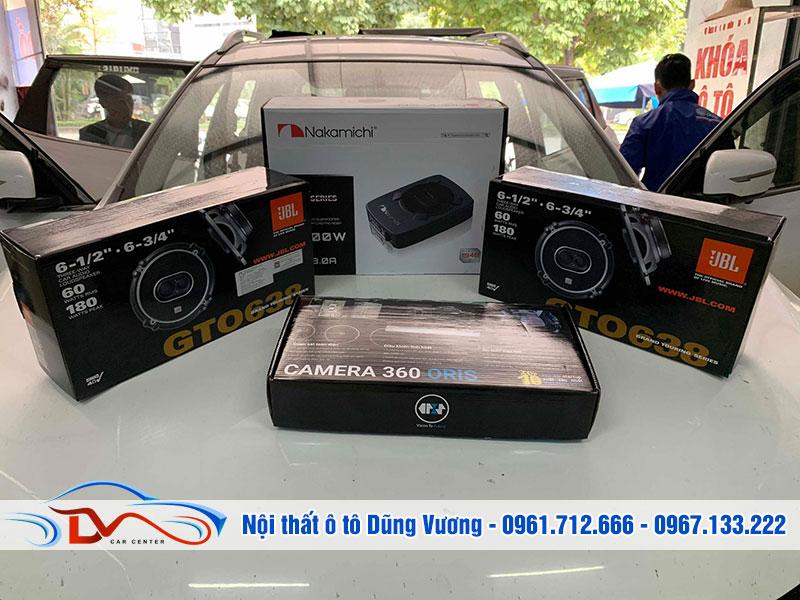 Bộ sản phẩm camera 360 và loa cánh hiện đại