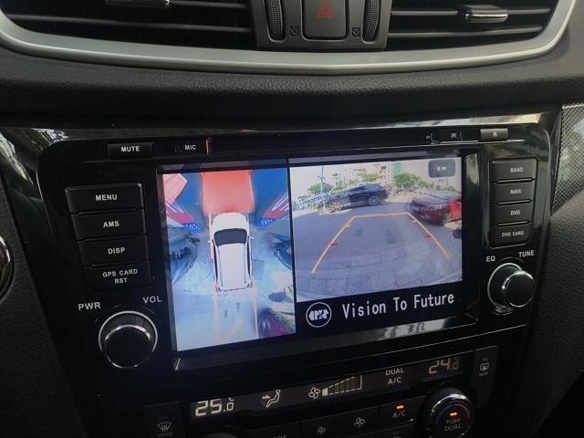 Camera giúp người lái xe quan sát mọi điểm mù không thể nhìn thấy qua gương chiếu hậu