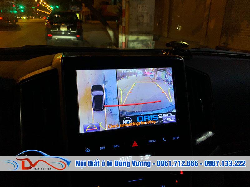 Hệ thống camera 360 gồm 4 mắt camera và màn hình