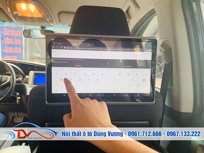 Màn hình gối đầu là một thiết bị công nghệ nội thất theo xe được nhiều người tìm kiếm