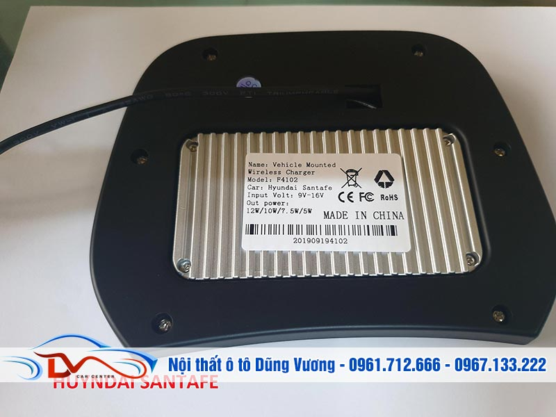 Sạc điện thoại không dây giúp đảm bảo an toàn về hệ thống điện trên xe ô tô