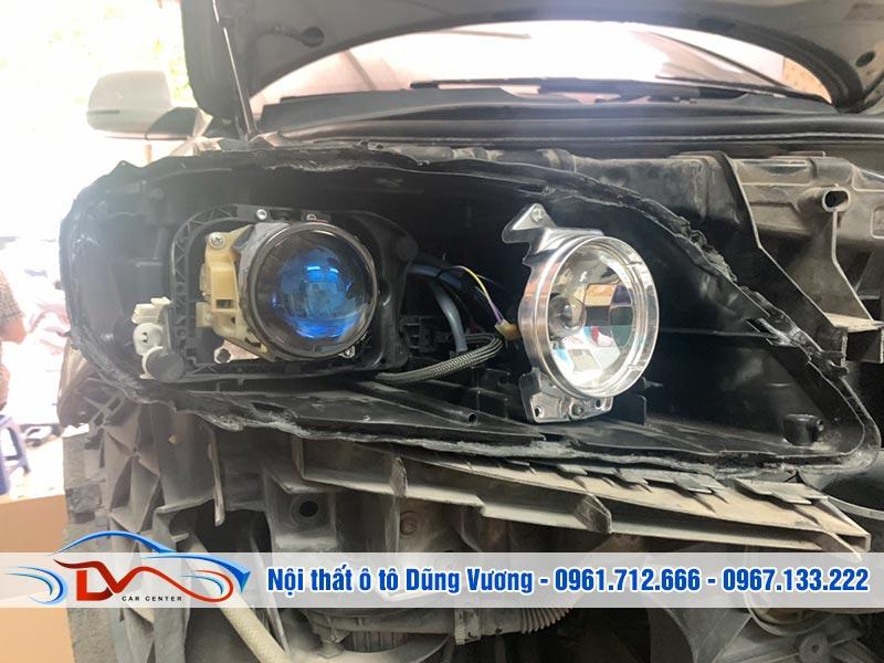 Độ đèn cho xe Audi Q7 cũng giúp đèn chiếu sáng tăng tuổi thọ