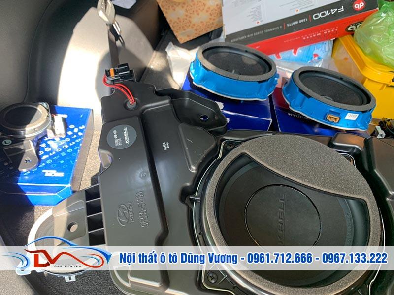 Độ loa cho xe ô tô cần một khoản chi phí không nhỏ nếu muốn chất lượng âm thanh tốt nhất