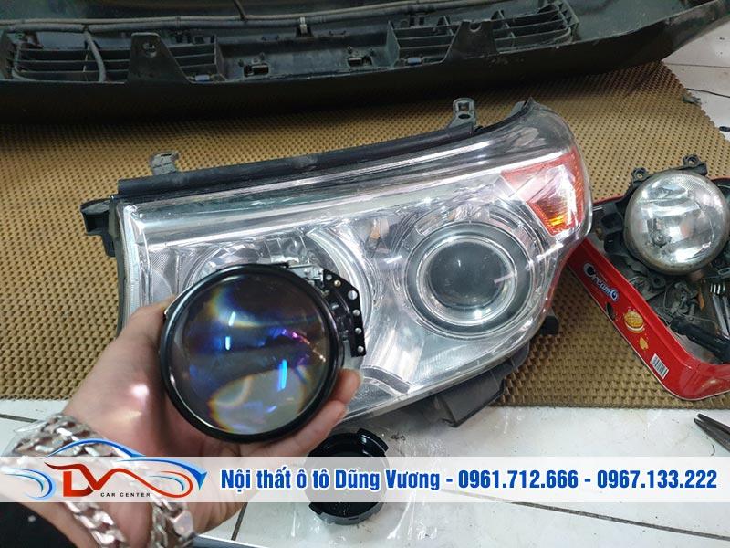 Nội thất ô tô Dũng Vương nhận lắp đặt đèn chuyên nghiệp