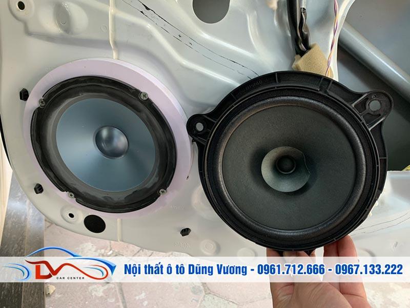 Nội thất ô tô Dũng Vương là đơn vị nâng cấp hệ thống loa ô tô uy tín