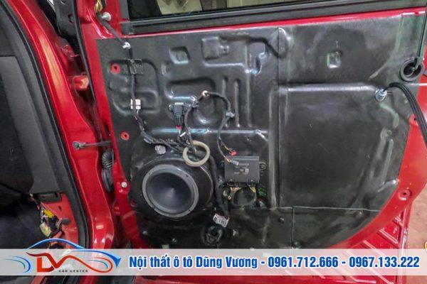 Độ loa Hertz 3way xe Ford Explorer