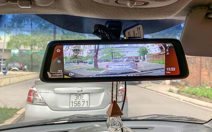 Màn hình gương ô tô